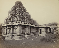 Ruins of Vijianuggur [Vijayanagara] near Calamapoor [Kamalapuram]. A small ruined temple called theVolkonda [Ramachandra Temple]. The West and South sides of the Sanctum